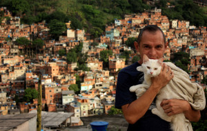 colourful Rocinha resident with cat